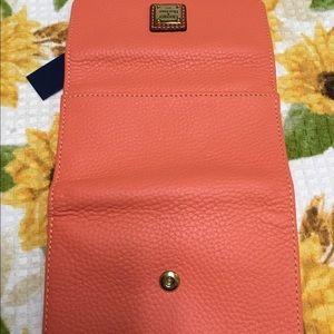 Dooney & Bourke Bags - NWT Dooney & Bourke Wallet
